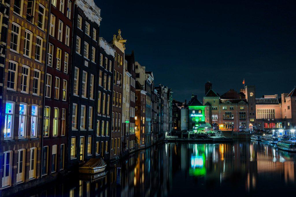 Amsterdam prins hendrik kade